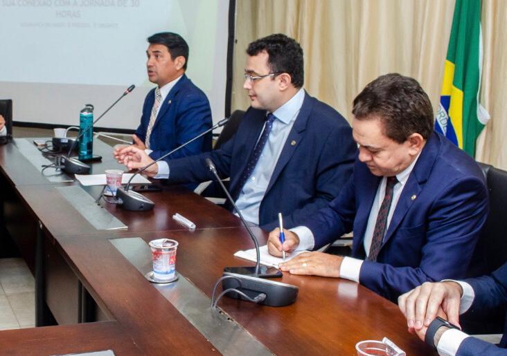 Antônio Pereira participa da apresentação do relatório de execução orçamentária da SES