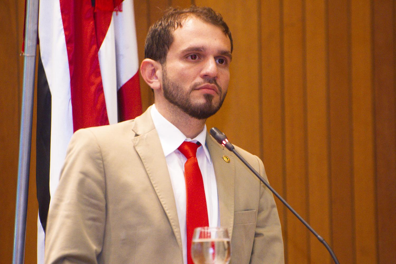 Fernando Pessoa destaca agenda de trabalho de Othelino Neto à frente do Governo do Estado