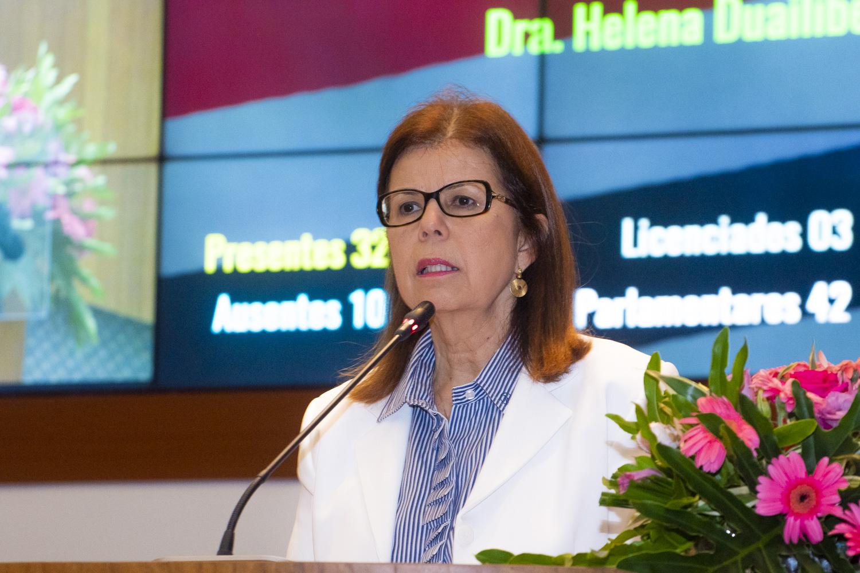 Helena Duailibe é homenageada pelo Rotary Club do João Paulo com a Medalha Neide Sena