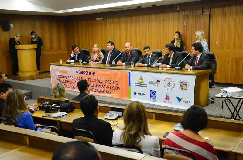 Deputado Cristovam Filho participa de workshop sobre convergência tecnológica