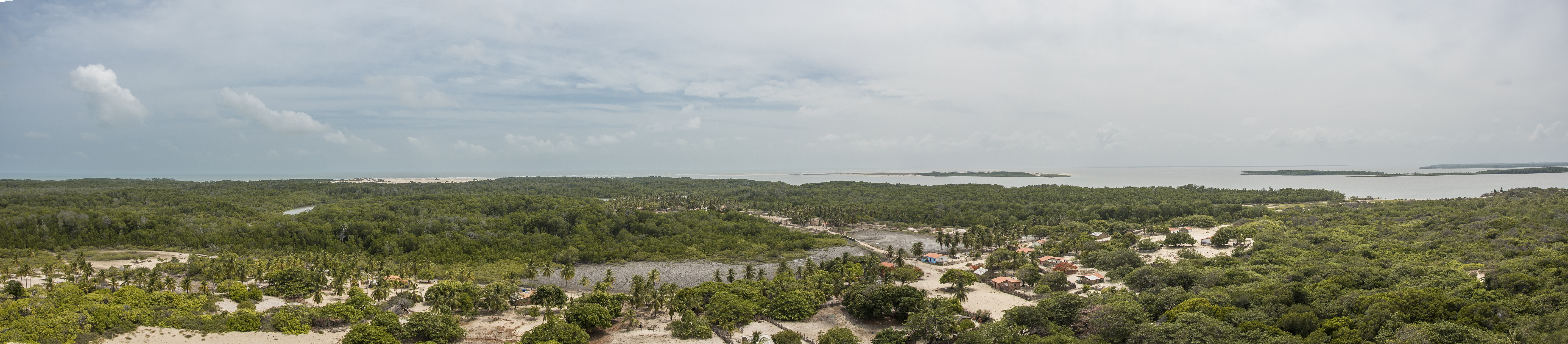 O arquipélago das Marianas, localizado no extremo Norte do Maranhão, é formado por cerca de 30 ilhas
