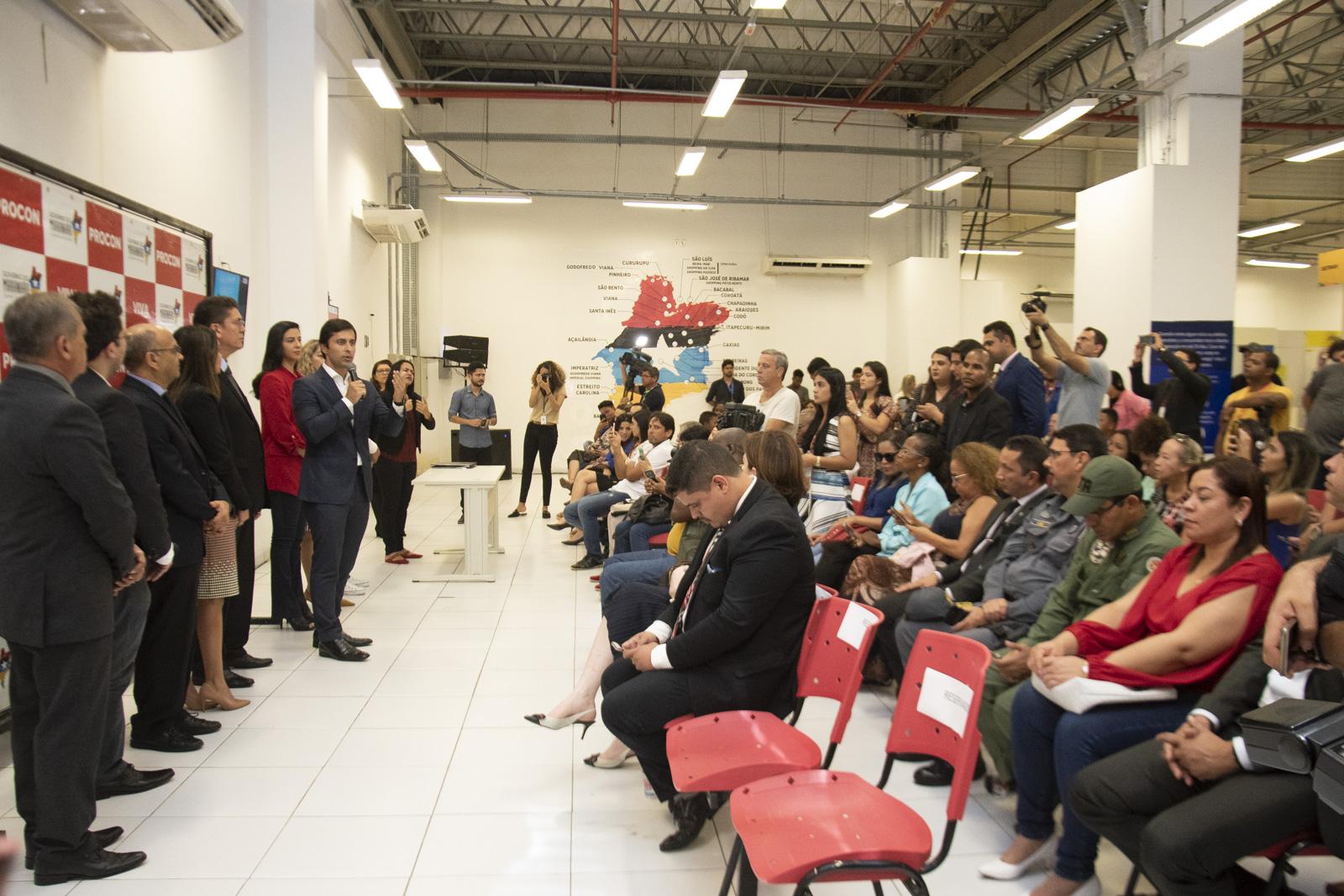 Deputados participam do lançamento do novo modelo de Carteira de Identidade do Maranhão