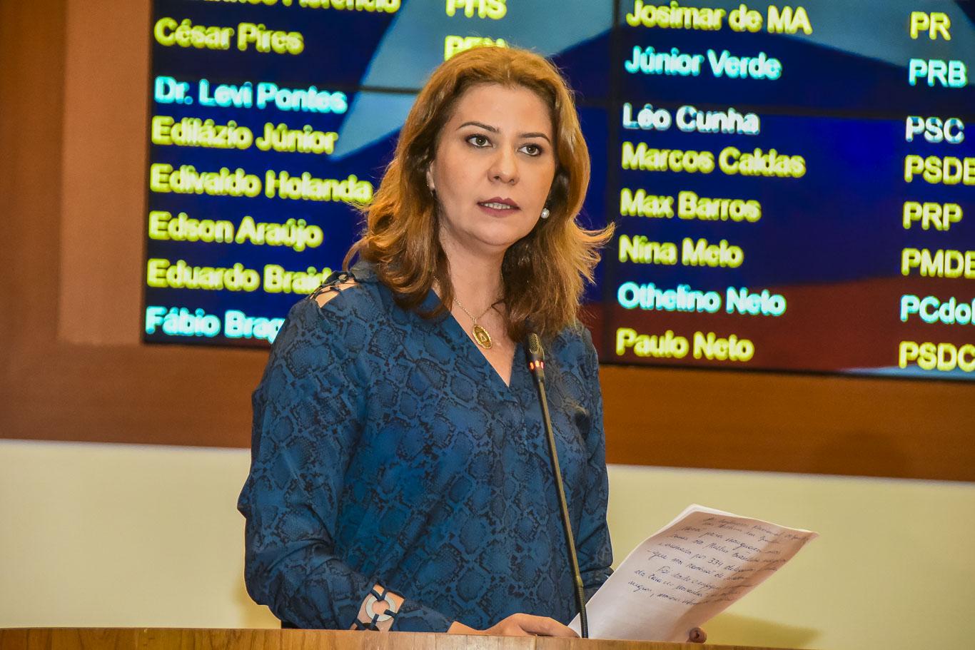 Valéria Macedo volta a cobrar a inauguração da Casa Da Mulher Brasileira em São Luís