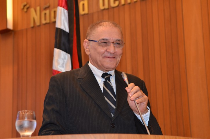 1e7e10d9b1493 Assembleia Legislativa concede Título de Cidadão ao empresário Vilson Maia