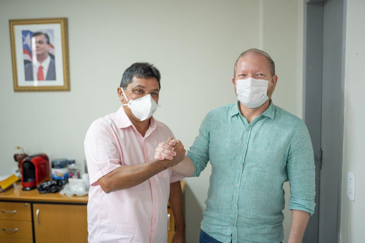Othelino e Márcio Jerry reforçam a importância do diálogo para a boa execução dos projetos em benefício da população