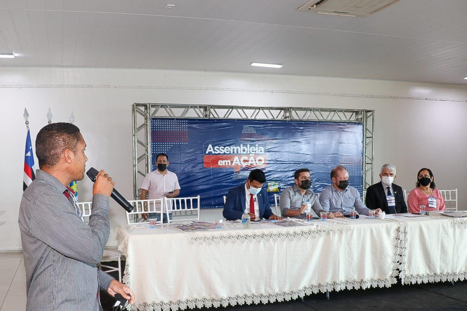 No evento, representantes dos municípios envolvidos e da sociedade civil apresentaram demandas da região