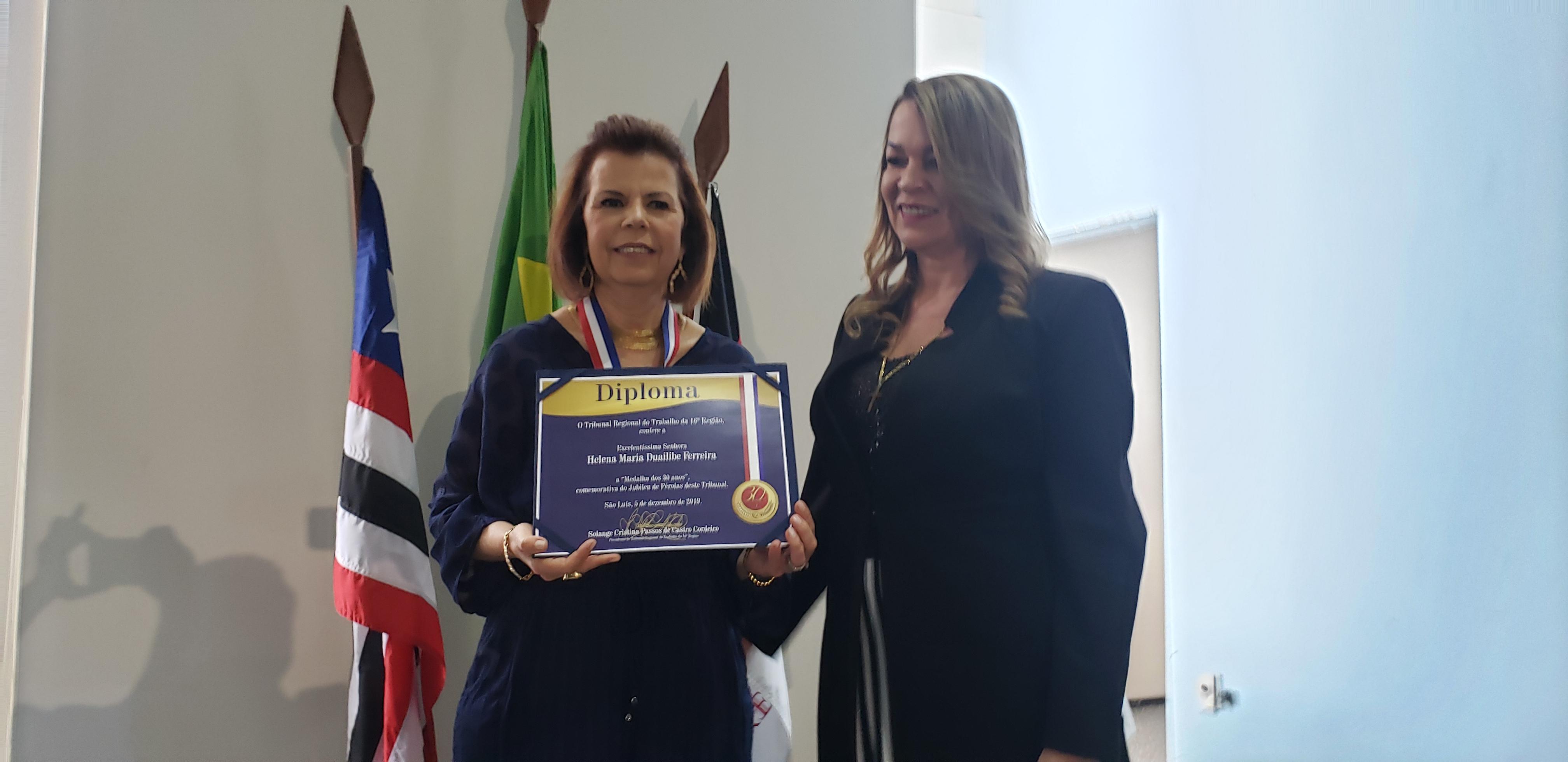 Helena Duailibe é homenageada pelo TRT por sua atuação em favor da Justiça do Trabalho