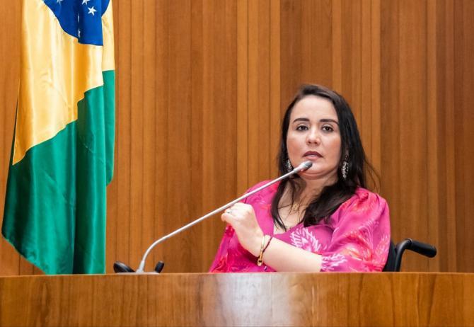 Após três anos de lesão, Andreia Rezende fala sobre alegria, superação e acessibilidade