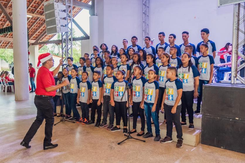 Gedema promove festa de confraternização natalina para alunos do programa Sol Nascente