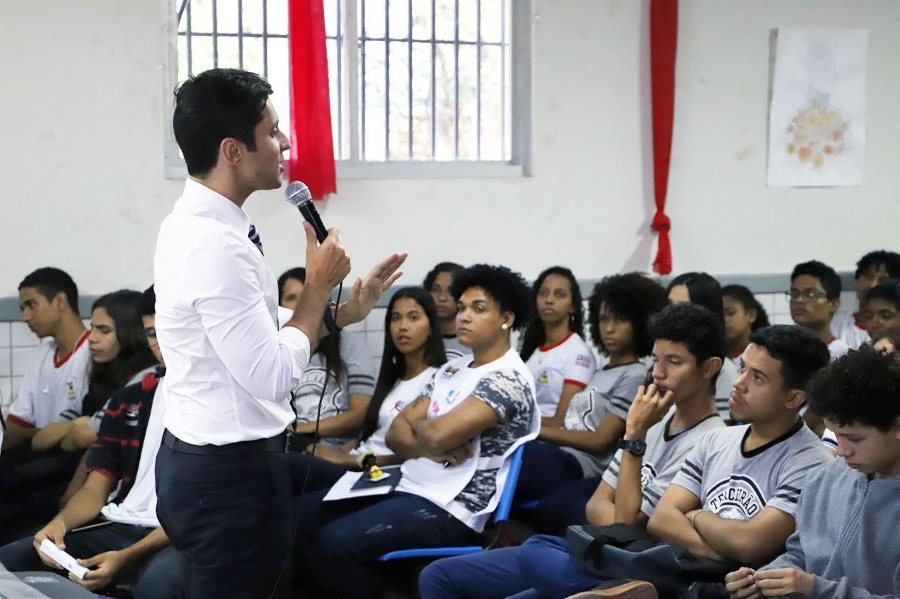 Duarte Jr participará de seminário sobre educação no Ceará