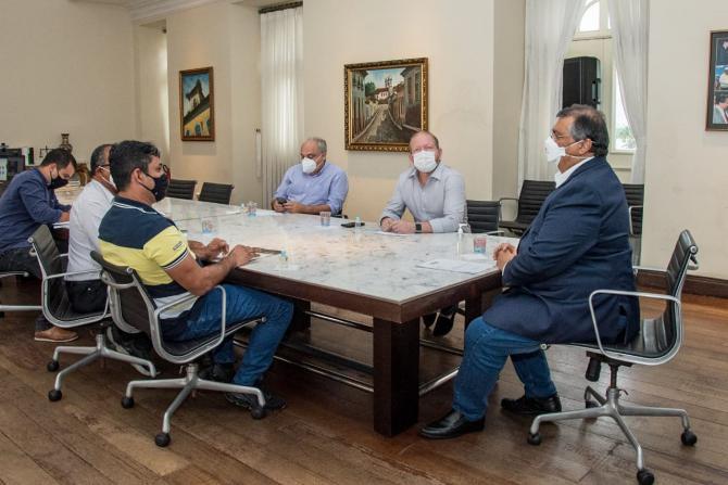 Othelino garante benefícios para Pedro do Rosário e Turilândia em reunião com governador Flávio Dino