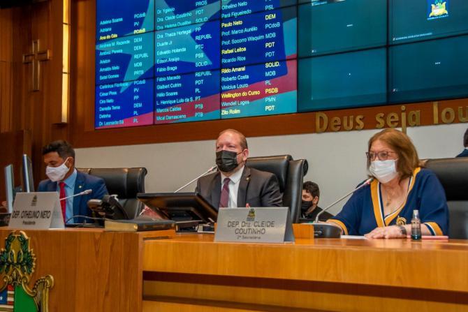Assembleia manterá prioridade no combate à pandemia, diz Othelino na reabertura dos trabalhos