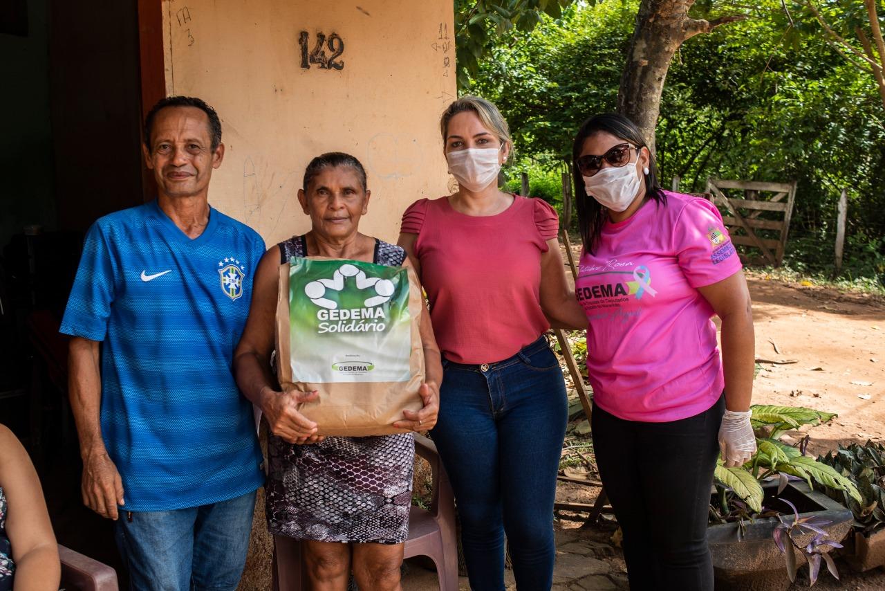 Gedema doa cestas básicas, colchões e lençóis a famílias vítimas de enchentes em Grajaú