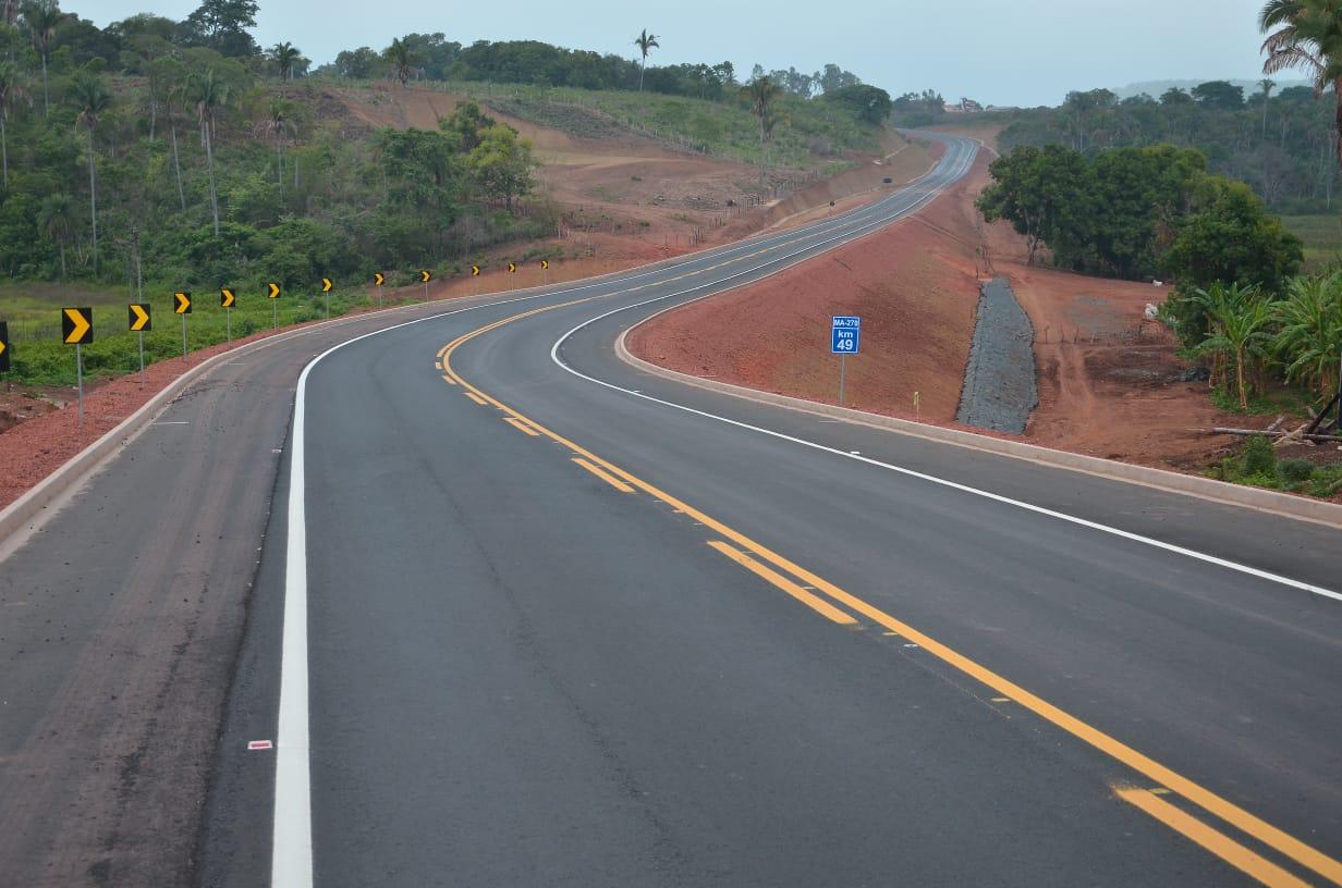 Nova estrada interligando os municípios de  Sucupira e Pastos Bons, inaugurada pelo governo