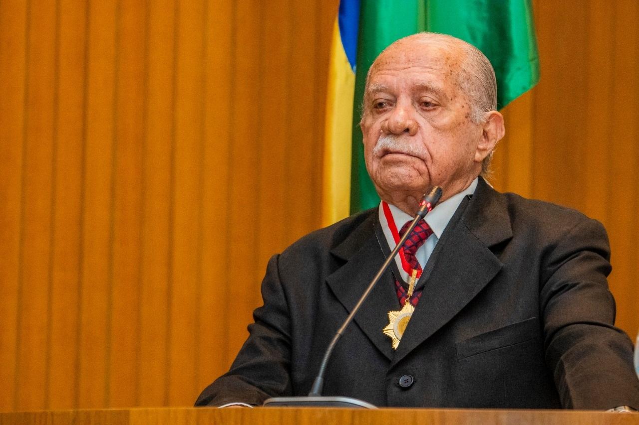 Celso Coutinho disse que a concessão da medalha pela Assembleia representa um ato muito significativo em sua vida