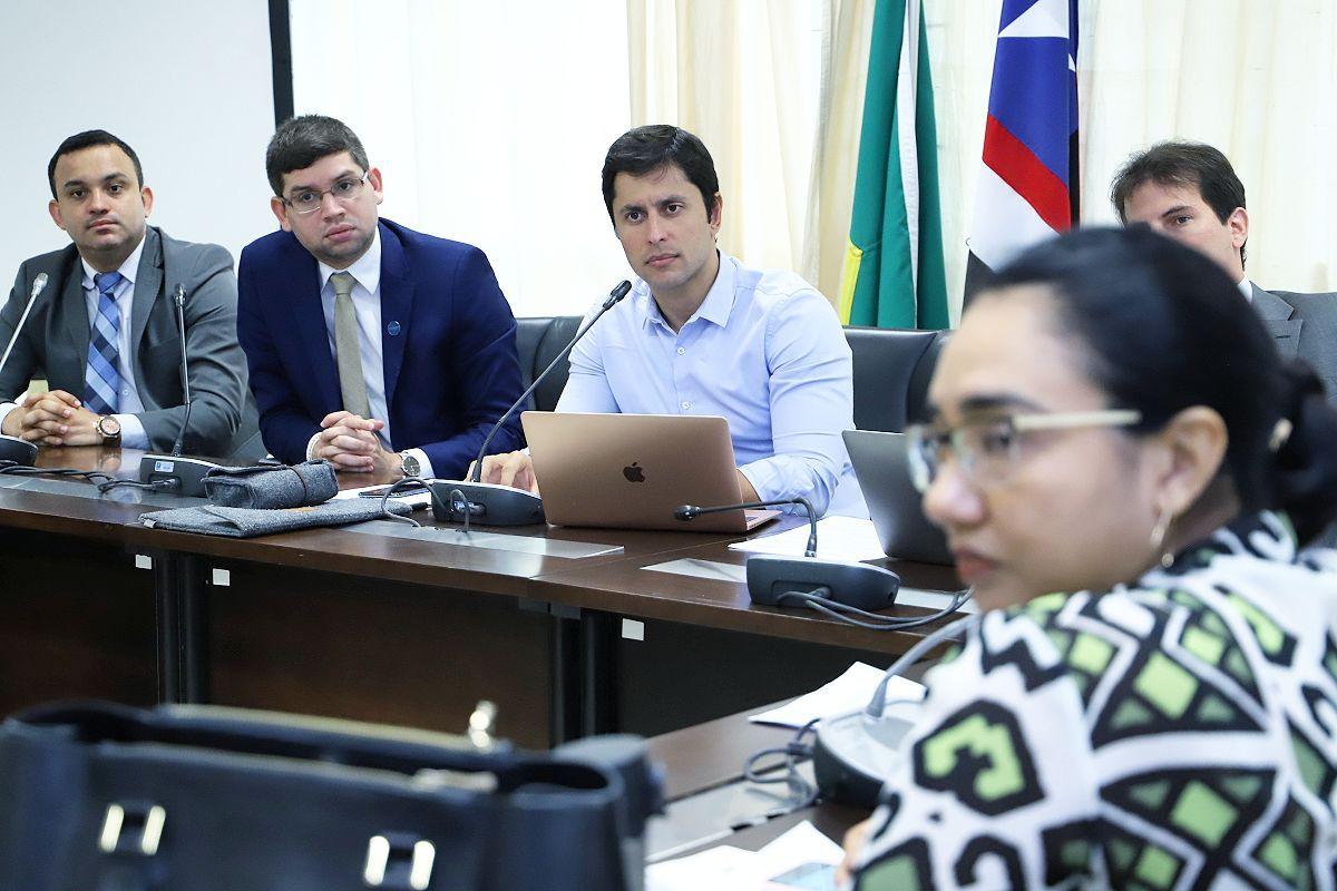 Duarte aponta supostas práticas inadequadas de escolas particulares em São Luís