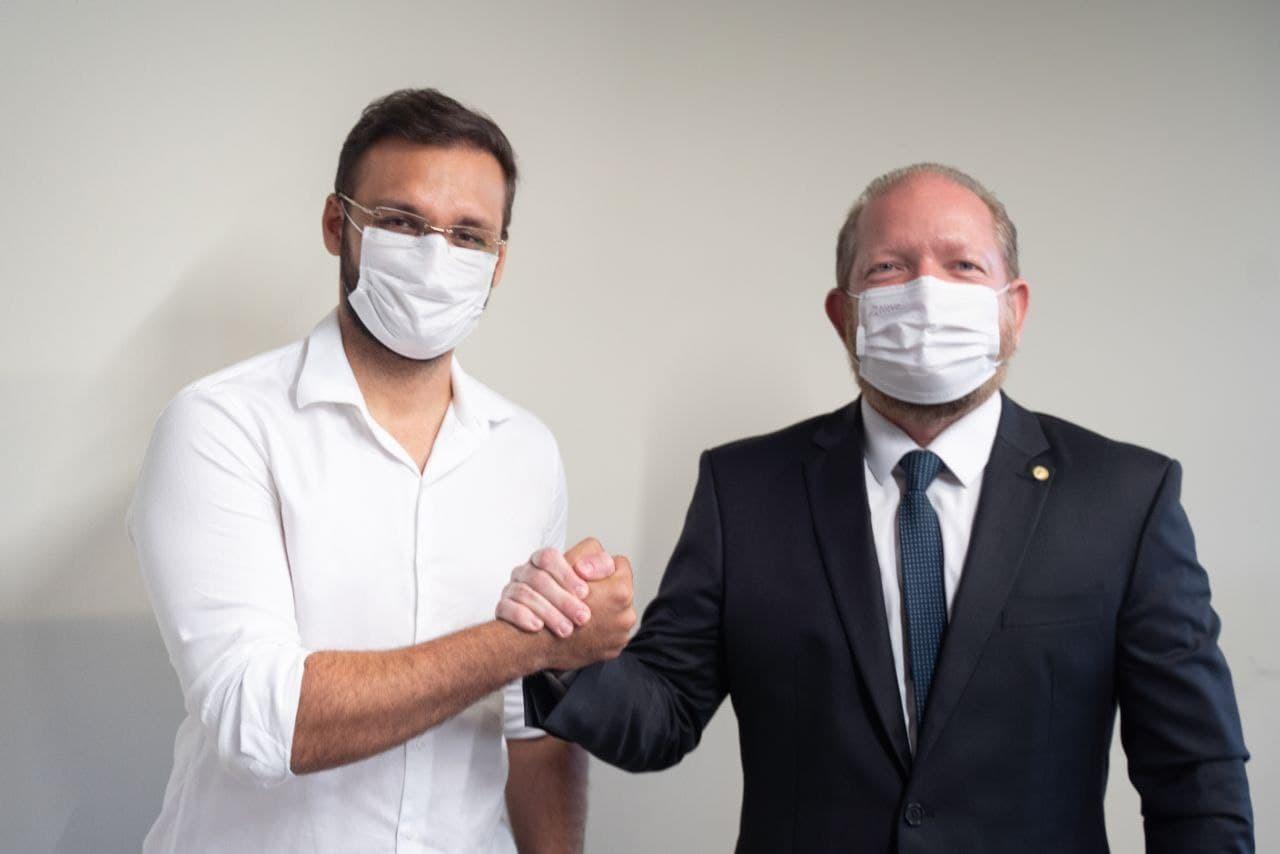 Othelino Neto e Felipe dos Pneus reforçam parceria em favor do município de Santa Inês