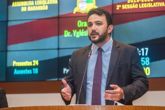 Yglésio sugere que governo realize testes de Covid-19 em professores da rede pública