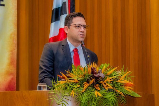 Aprovado PL que regulamenta condições de repouso a farmacêuticos em instituições de saúde