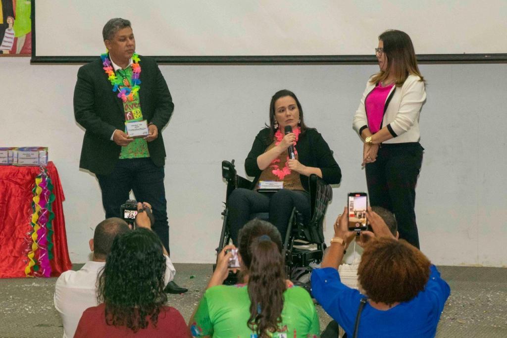 Andreia Rezende é homenageada pela MOB em solenidade comemorativa do Serviço Travessia