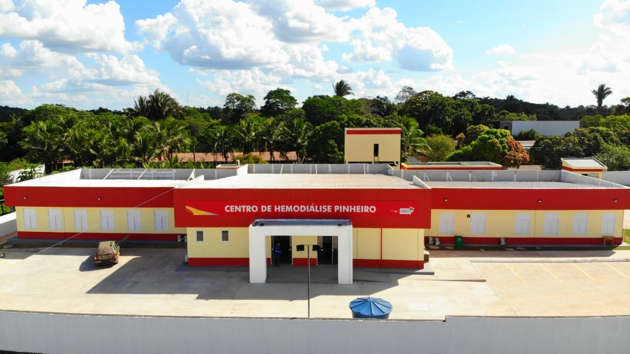 O Centro de Hemodiálise inaugurado em Pinheiro tem capacidade para atender 240 pacientes nos três turnos de funcionamento