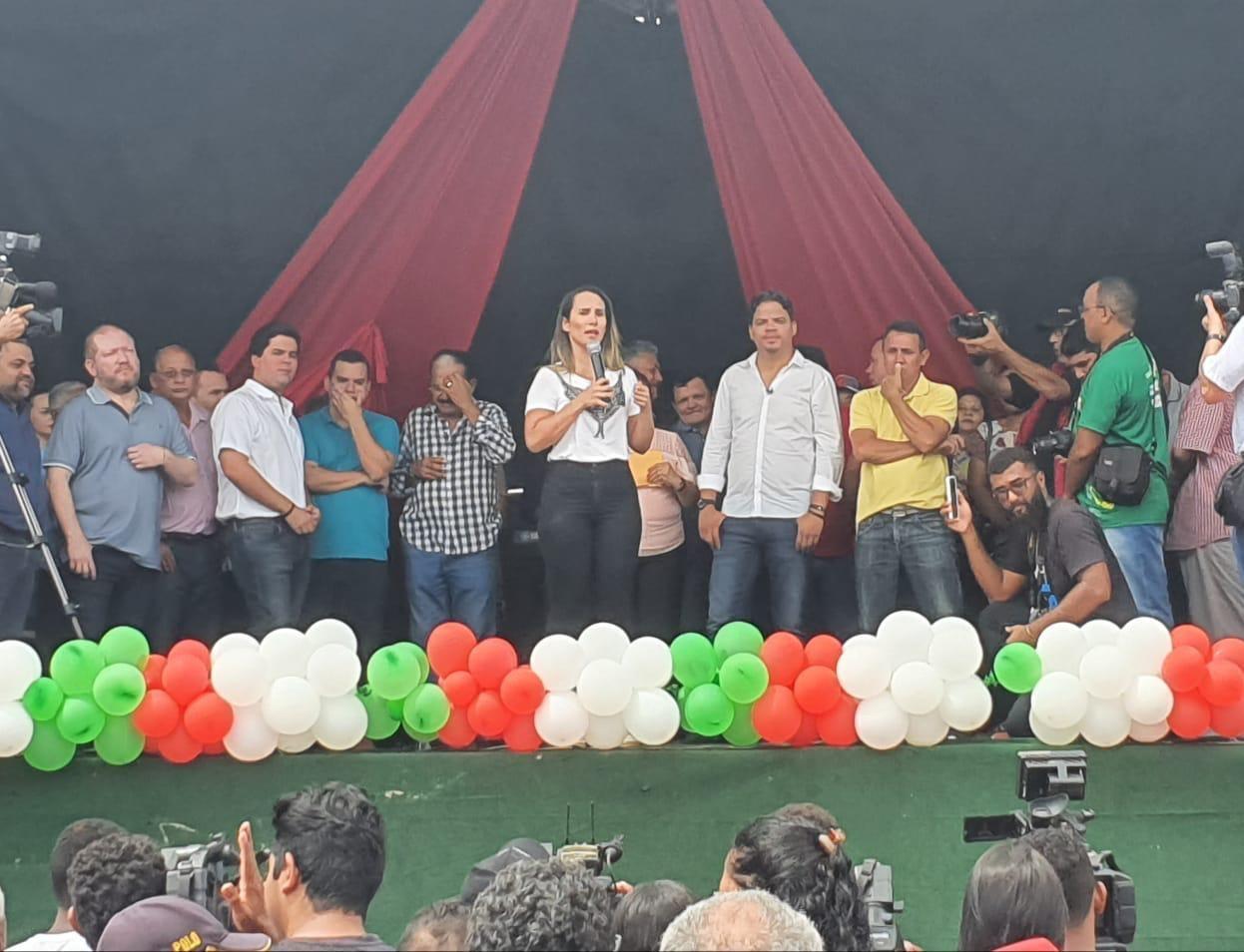 Thaiza Hortegal destaca investimentos públicos em Pinheiro em lançamento de novas obras para o município