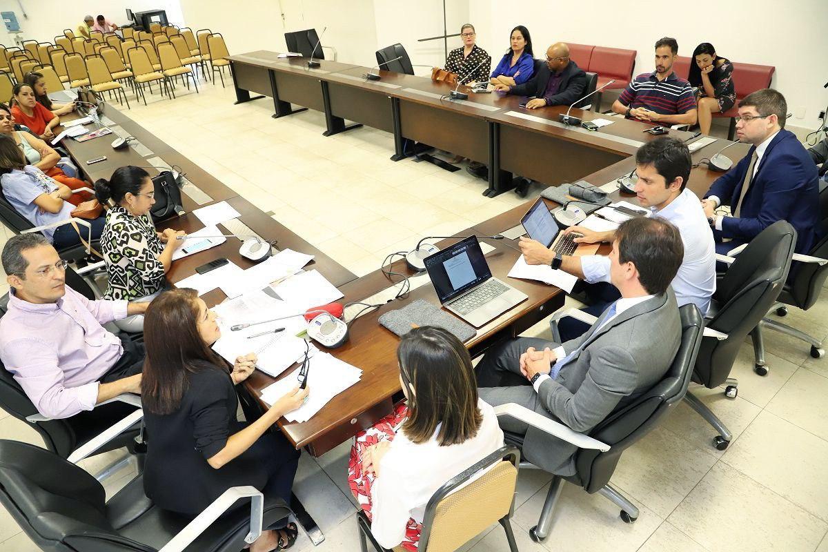 Duarte Jr coletou material para defender consumidores de supostos abusos econômicos