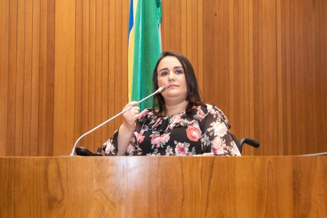Marco histórico - Andreia Rezende estreia primeira tribuna acessível do Maranhão na gestão de Othelino Neto