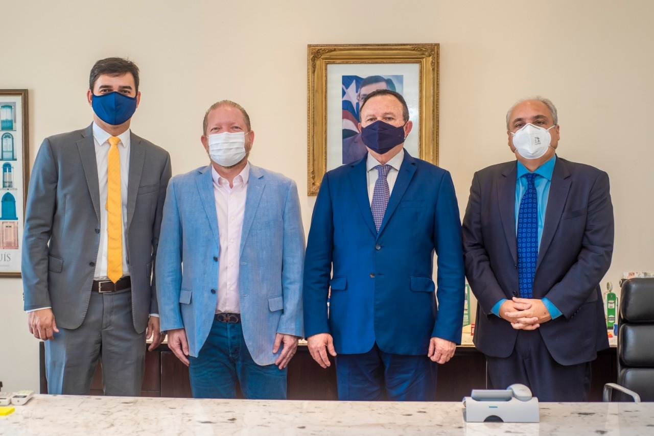 Othelino Neto, Carlos Brandão, Marcelo Tavares e Rubens Júnior durante encontro no Palácio dos Leões