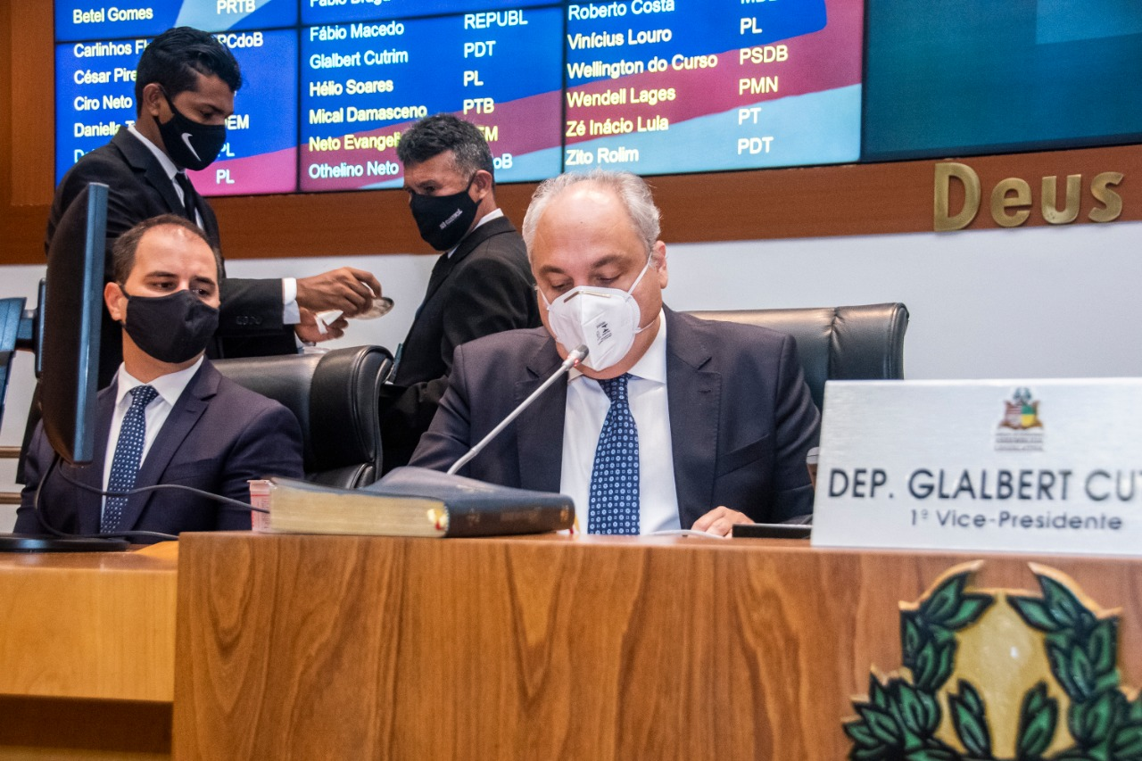 O secretário-chefe da Casa Civil, Marcelo Tavares, representou o governador Flávio Dino e leu a Mensagem Governamental