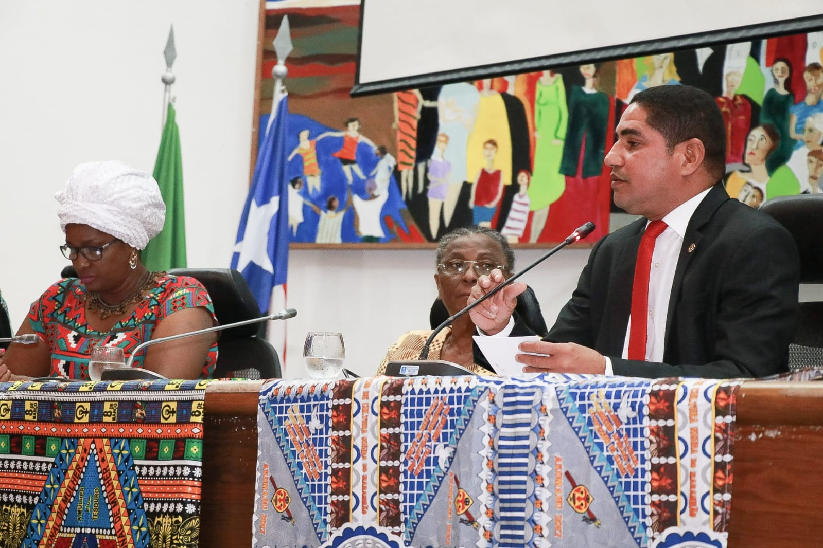 Zé Inácio comenta suspensão do novo presidente da Fundação Palmares