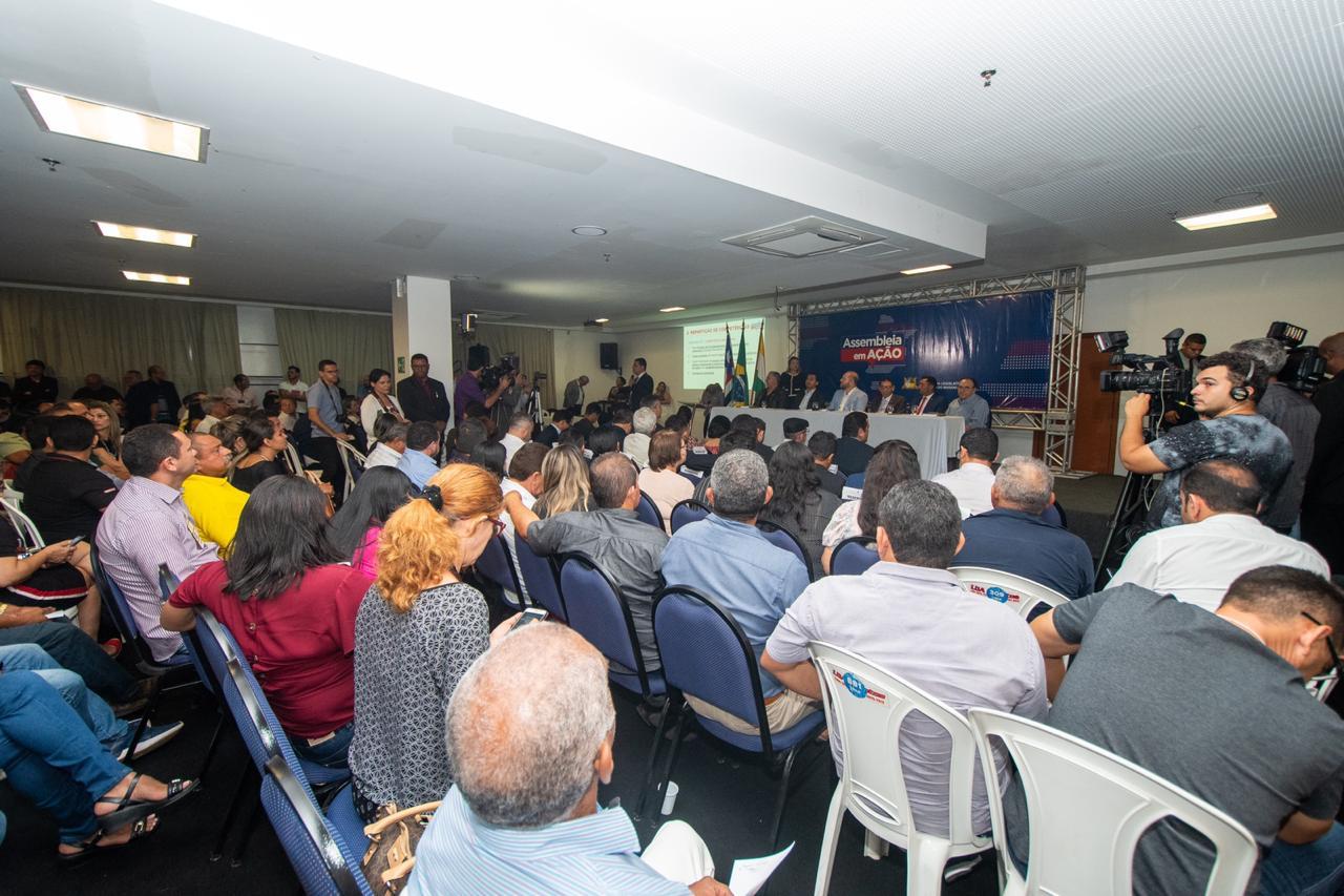 O evento foi prestigiado por deputados estaduais, prefeitos, vereadores, lideranças políticas e representantes da sociedade civil