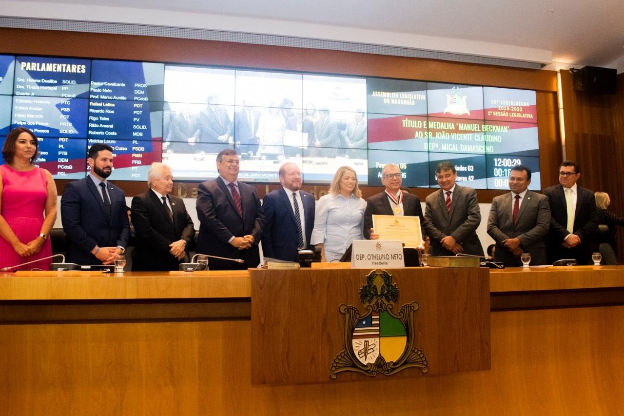 Os governadores Flávio Dino (MA) e Wellington Dias (PI) prestigiaram a cerimônia conduzida pelo deputado Othelino