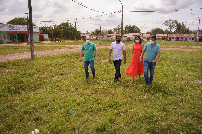 Comitiva visita a área onde será construída a nova unidade do Hospital Aldenora Bello em Pinheiro